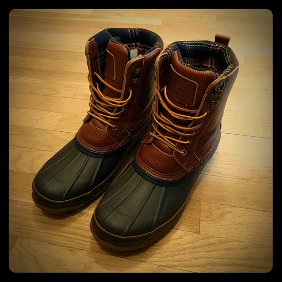 2c0b672e151 Brooks Brothers Other - Brooks Brothers duck boots